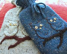 Free pattern: Hoot Water Bottle Cozy by Robyn Wade (ones pictured by Kelley Petkun)