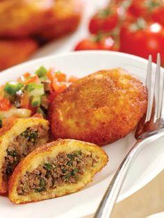 Kubbat potato (Iraqi Cuisine potato chop)  Ingredients  2 1/4 cups potatoes, boiled, skinned and mashed smooth with salt 250 grams beef mince 4 large o... - Basmah Sarraf - Google+
