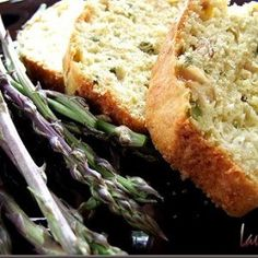 Chec de sparanghel salbatic, ton si curry Banana Bread, Curry, Desserts, Tailgate Desserts, Curries, Dessert, Deserts, Food Deserts, Postres