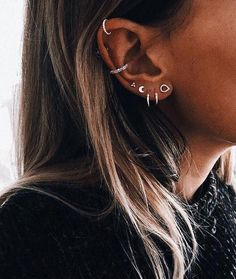 No Piercing Two Rows Cartilage Ear Cuff Double Rings/piercing imitation/plain simple earring/faux fake ohr piercing/false conch ear piercing - Custom Jewelry Ideas Ear Peircings, Cute Ear Piercings, Tragus Piercings, Double Cartilage Piercing, Body Piercings, Bridal Earrings, Crystal Earrings, Dangle Earrings, Cartilage Earrings