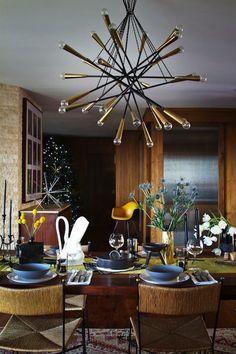Люстра для кухни: 115 фото свежих идей освещения http://happymodern.ru/lyustra-dlya-kuxni-115-foto-svezhix-idej-osveshheniya/ Чтобы обеспечить достаточное освещение вашей кухни - попробуйте заранее самостоятельно подсчитать, сколько лампочек и какой мощности на люстре нужно