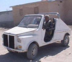 Konya'nın Altınekin İlçesi'ne bağlı Akıncılar Beldesi'nde, kaynak ustası 66 yaşındaki Selahattin Gür, hurda otomobil parçalarıyla kendi otomobilini yaptı.    http://www.teknokulis.com/Haberler/Guncel/2012/04/10/iste-yerli-otomobil