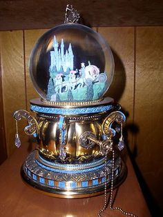Disney Cinderella Musical Castle Snowglobe w Blowing Motor 2DOUBLE A Batteries…