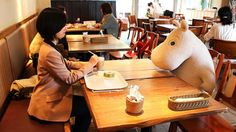 Japan's 'anti-loneliness' cafe goes viral... Moomins