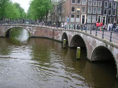 Canal e ponte do século XVII