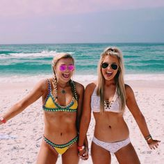 God is great, the beach is good, &&&& maren is crazy !!!!!!! Cute Beach Pictures, Beach Pics, Vacation Pictures, Summer Pictures, Videos Instagram, Videos Tumblr, Trendy Swimwear, High Cut Bikini, Candid Photography