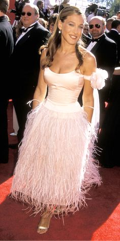 Sarah Jessica Parker's 25 Most Memorable Looks Ever - Oscar de la Renta, 2000 from #InStyle