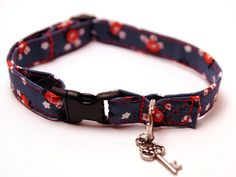 Navy and red cat collar