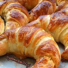 """302 Likes, 34 Comments - Mutlutarifleratolyesi (@mistatlilar) on Instagram: """"Teşekkürler @semayumakayvazoglu  Hindistancevizli Pasta Keki: 4adet yumurta 1.5su bardağı…"""""""