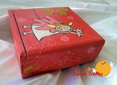 """Cajita infantil """"Ruth y Alaniz"""" Que tal si tenemos dulces sueños y guardamos nuestros juguetes y alhajas al lado de nuestra camita. #angel #butterflies #box"""