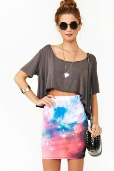 Loose, comfy crop top with fitted pencil skirt