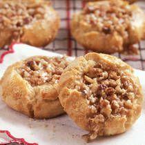 Pecan Pie Cookies!   http://www.ifood.tv/recipe/pecan-tassies-5