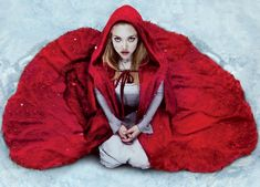 http://briellecostumes.typepad.com/brielles-costume-wardrobe/2011/09/red-riding-hood-cape.html