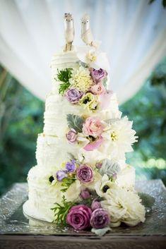The Most Sensational Floral Wedding Cakes - MODwedding