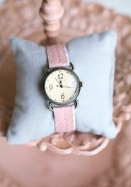 doily watch in pink by Tokyo Bay