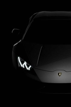The Lamborghini Huracan was debuted at the 2014 Geneva Motor Show and went into production in the same year. The car Lamborghini's replacement to the Gallardo. Lamborghini Huracan, Maserati, Lamborghini Photos, Ferrari, Rolls Royce, Supercars, Lexus Lfa, Car Photography, Car Wallpapers