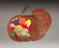 Bountiful Harvest Wall Hanging craft: To accompany The Horn of Plenty story paper plate craft Thanksgiving Preschool, Fall Preschool, Thanksgiving Crafts For Kids, Preschool Crafts, Preschool Ideas, Craft Ideas, Daycare Crafts, Thanksgiving Decorations, Harvest Crafts