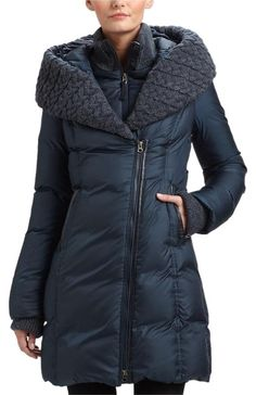 Mackage  Brigit Down Coat  Size: 4 (S)  Length: Mid-Length Item #: 20314796  Price: $500.50    Shipping Included  Retail Price: $890.00