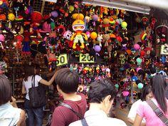 Traditional Market in Thailand: Sampeng Market, Bangkok