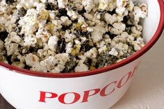 Cookies and Cream popcorn for family game night food-and-recipes