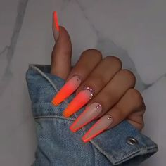 Jadore Fancy Boutique on NailFetish how cute is this glow in the dark nails from fancy_nails_lashes Drip Nails, Aycrlic Nails, Neon Nails, Swag Nails, Pink Nails, Hair And Nails, Coffin Nails, Pastel Nails, Neon Nail Colors