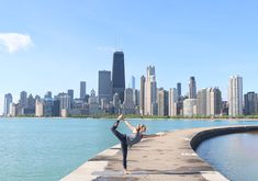 We heart Chicago and love everything about The Windy City. If you're coming to visit, here are some of the best Chicago photo spots. Chicago Murals, Places To Travel, Places To Visit, Chicago Things To Do, Chicago Pictures, Visit Chicago, Chicago River, Chicago Photography, Travel Usa