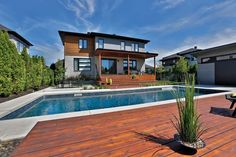 Réalisation de piscines creusées : exemples & photos - Trévi.com Small Pools, In Ground Pools, Kids Room, Child Room, Terrace, Deck, Exterior, Mansions, Architecture
