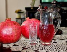 Pomegranate Liqueur, Cocktails, Drinks, Sugar Bowl, Bowl Set, Food And Drink, Homemade, Kitchen, Recipes