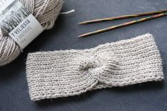 Diy Projects To Try, Handicraft, Headbands, Knitted Hats, Knitting Patterns, Diy And Crafts, Knit Crochet, Lily, Craft