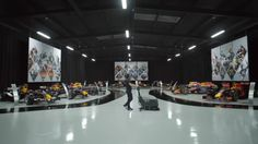 Red Bull Racing - Countdown To RB13 (VIDEO)