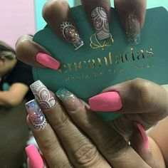 Acrylic Nails, Gel Nails, Luxury Girl, Nail Trends, Baby Shower Favors, Tattoo Drawings, Nail Designs, Nail Art, Luxury Travel