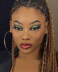 Neutral Makeup Look, Edgy Makeup, Baddie Makeup, Black Girl Makeup, Girls Makeup, Skin Makeup, Makeup Inspo, Makeup Art, Makeup Inspiration
