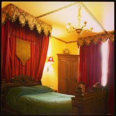 "Room ""Roi René"" at #laMontchevalleraie #bedandbreakfast #angers #chateauGontier #anjou #anjoubleu #bomDia #maineetloire #jaimelanjou"