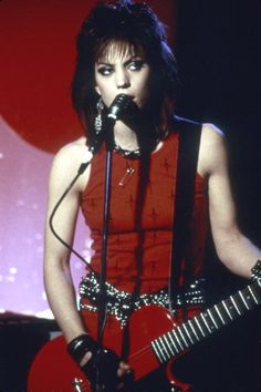 Congratulations to Joan Jett who will be one of the 2015 inductees into the Rock and Roll Hall of Fame.