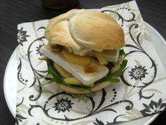 Ingezonden door Jennifer - sandwich met appel, rucola en brie - Lekker en Simpel