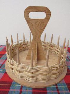 Estate-Vtg-1940s-Scandinavian-Wooden-Sewing-Basket-Needlework-Tote-Handcrafted