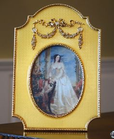 FABERGE COUNTESS PICTURE FRAME, FABERGE #172-W. Faberge will soon be one of the hardest collectibles to find as Faberge closed its door in December of 2009. STUNNING GOLD ENAMEL GUILLOCHE with AUSTRIAN CRYSTAL ACCENTS. | eBay!