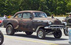 """The """"Dan's Garage"""" early '50s Chevy Gasser at Steel In Motion 