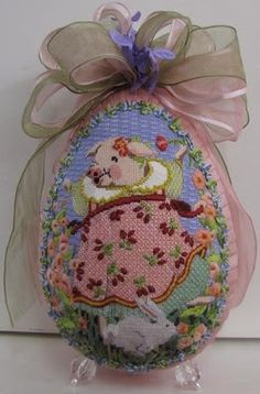 Pocket Full of Stitches, needlepoint Easter egg
