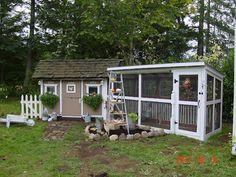Love this Hen house and chicken run idea~~CUTE!!!!!