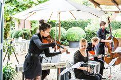 Live band tijdens de bruiloft, Domaine en Orangerie d'Heerstaayen, Bruidsfotografie, Bruidsfotograaf | Dario Endara