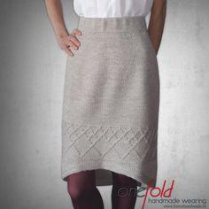 fusta_coada_randunica Waist Skirt, Lace Skirt, High Waisted Skirt, Knitwear, Skirts, Model, Fashion, Moda, Tricot