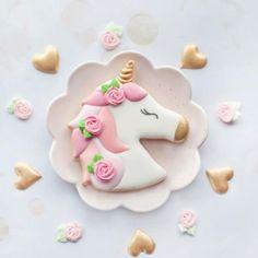 Summer Cookies, Baby Cookies, Birthday Cookies, Sweet Cookies, Cookie Frosting, Royal Icing Cookies, Princess Cookies, Baking School, Unicorn Foods