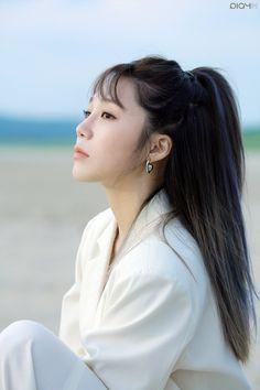 Most Beautiful Faces, Beautiful Person, Beautiful Asian Girls, Kpop Girl Groups, Korean Girl Groups, Kpop Girls, Eun Ji, Photography Women, Portrait Photography