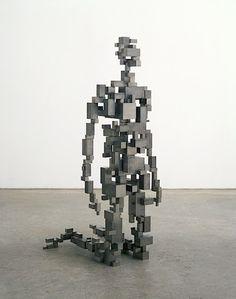 Фигура на коленях Sculpture Metal, Human Sculpture, Abstract Sculpture, Antony Gormley Sculptures, Sculptures Céramiques, Contemporary Sculpture, Contemporary Art, Tech Art, 3d Prints