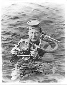 """Sea Hunt"" (1958-1961) - Lloyd Bridges (January 15, 1913 – March 10, 1998) as Mike Nelson."