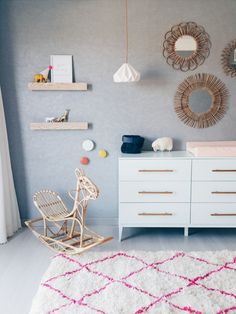 Inspiration everywhere! Sometimes, we find lots of inspiration in the same room and we can't decide what's the best one. Today we bring you some of the best 10 ideas to turn a nursery into a functional, beautifulplace for your little one. We all know that everybody wants to have a charming space plenty of […]