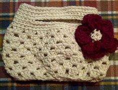 Ecru Small Crochet Purse by TreasuresMommy on Etsy, $15.00