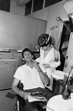 Argentina football captain Antonio Rattin, during a visit to the dentist in…