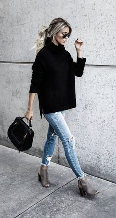 Blousy black sweater and skinny jeans...